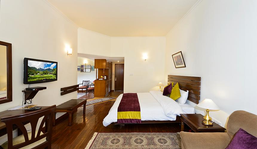 Room-4-1-1-860×500