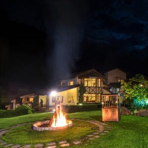 Stay in Luxury Resort in Manali at Affordable Charges